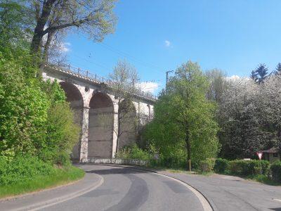 Eisenbahnbrücken: Wahrzeichen von Guntershausen